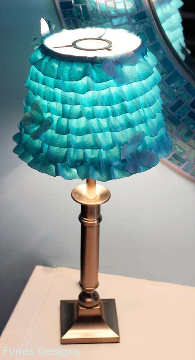 Diy ribbon lamp shade for 39 light it up blue 39 fynes designs fynes designs - Diy lamp shade ...