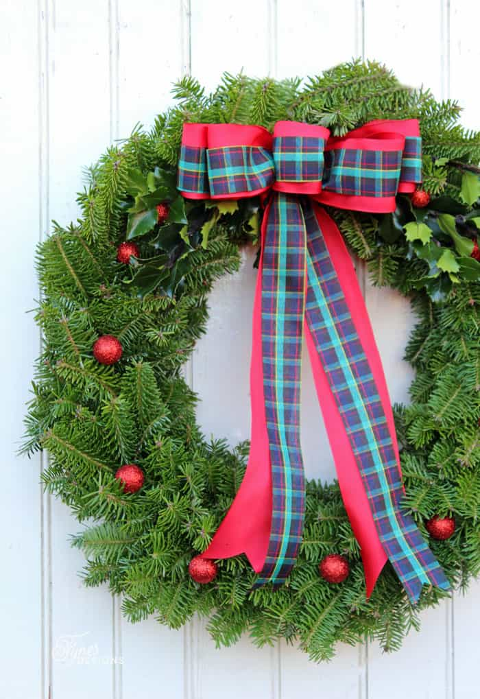 How To Make A Traditional Christmas Wreath Fynes Designs