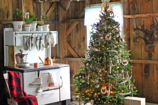 Rustic Christmas decorating