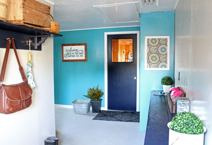 http://www.fynesdesigns.com/wp-content/uploads/2015/02/mudroom-makeover.jpg