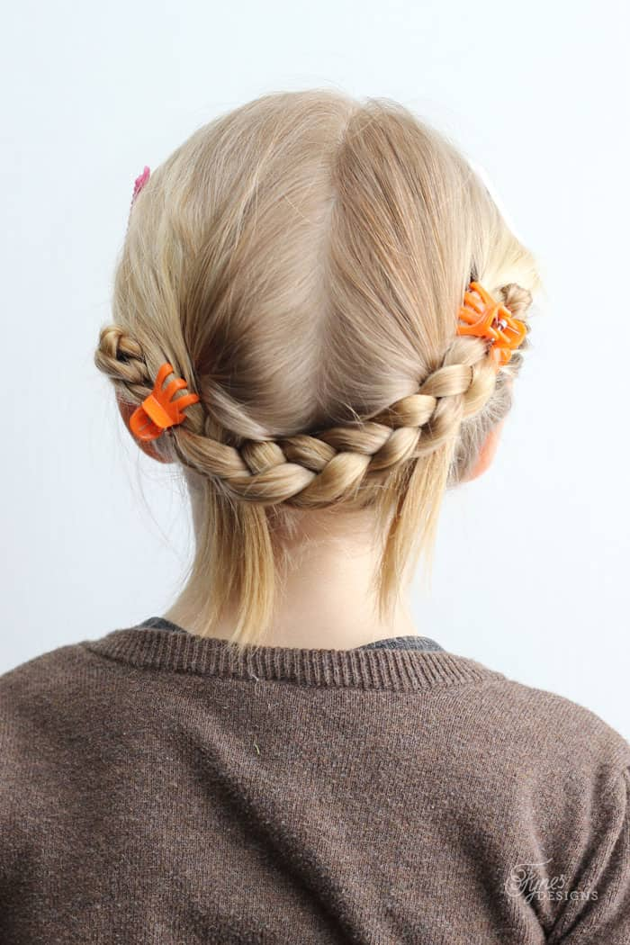 simple braided hair styles 5 minute school day hair styles fynes designs fynes 3212