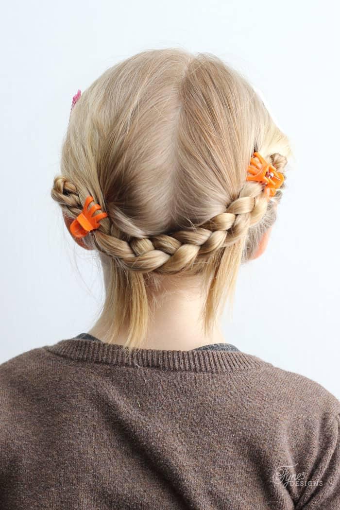 Incredible 5 Minute School Day Hair Styles Fynes Designs Fynes Designs Short Hairstyles For Black Women Fulllsitofus